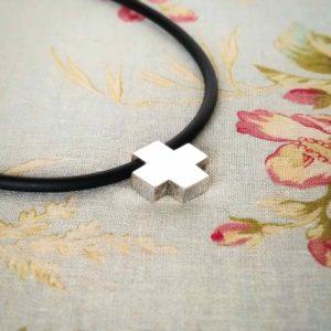 collar cruz artesanal plata | Tana tienda artesanal