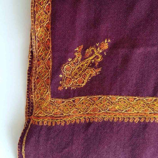 Hashi Mongolian pashmina morado bordada