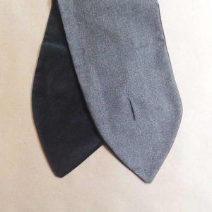 cuello terciopelo gris