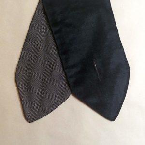 cuello lana cuadros y terciopelo negro